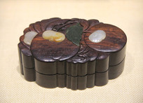嵌玉石紫檀果盒
