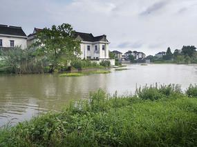 雨季水乡景色