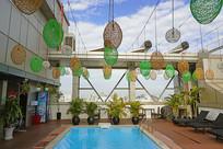 越南胡志明市宾馆楼顶游泳池
