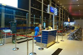越南海防吉碑国际机场出发厅