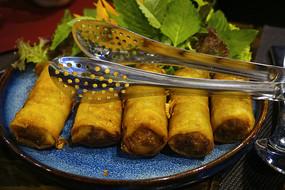 越南特色风味小吃油炸春卷