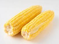 新鲜的嫩玉米