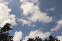 一片天空云彩