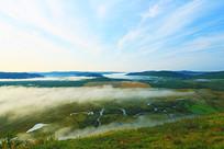大兴安岭湿地晨雾风景