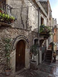 意大利陶尔米纳民宅大门