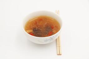粤菜老火鸡汤