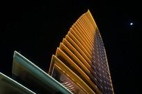 夜晚的洛克铂金酒店
