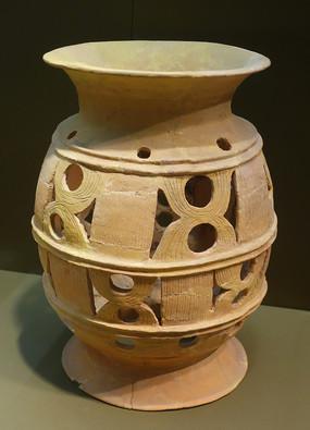 镂空陶器座