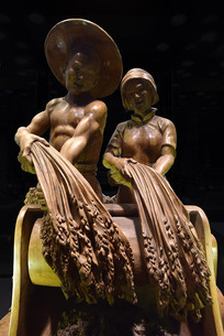 丰收主题的雕塑