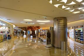 韩国乐天世界OUTLET商场