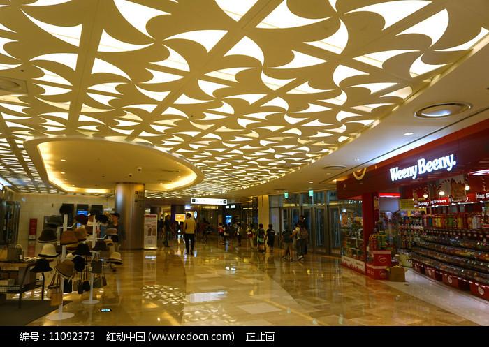 韩国乐天世界OUTLET商场内景图片