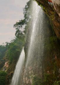 贵州赤水燕子岩瀑布