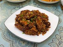 美味菜品蒜香排骨