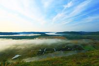 森林湿地云雾风景