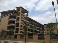 新会东区学校