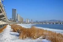 吉林市江滨冬景