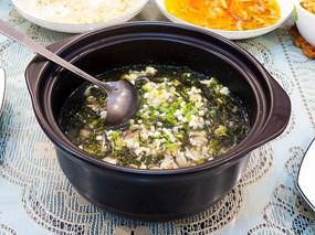 美味菜品紫菜虾仁蛋汤