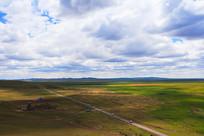 俯瞰中俄呼伦贝尔草原X边防线