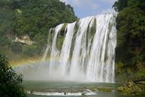 贵州黄果树瀑布-阳光下的彩虹