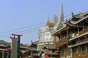 西江千户苗寨-传统苗族银饰装饰