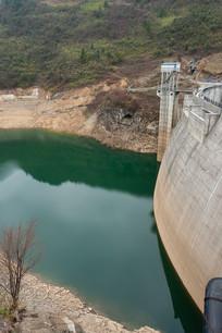 千丈岩梯级电站水库清洁水源
