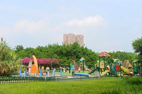 城市公园公共游乐场