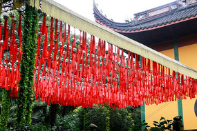 灵隐寺红绸带