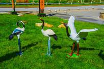 三只丹顶鹤群雕像