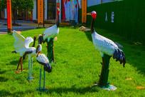 五只丹顶鹤群雕像