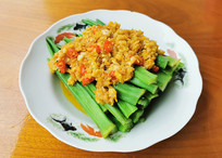 美味菜品蒜蓉秋葵