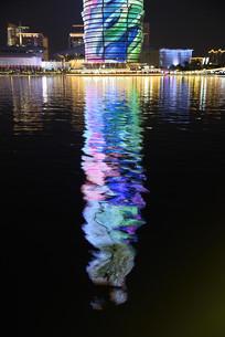 郑州千玺广场高塔灯光倒影