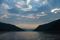 长江三峡水库美景的景色