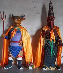 神话传说中的人物雕像