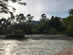 新会圭峰山健身公园一角