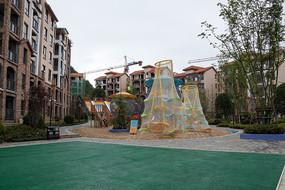 重庆巫山摩天岭楼盘儿童游乐场