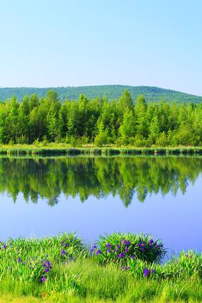 大兴安岭马兰湖湖岸风光