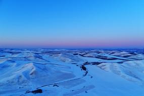 内蒙古雪域雪原群山