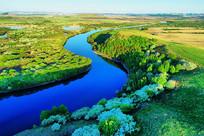山丁子花盛开的扎敦河春景