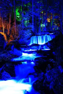 长白山森林小瀑布灯光夜景