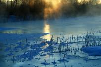 雪域冰河朝阳