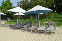 海南三亚亚龙湾诲边沙滩椅