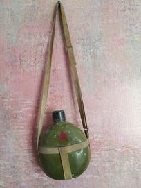 军用老水壶