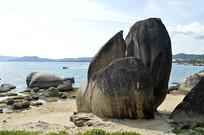 三亚天涯海角礁石