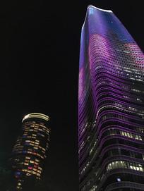 上海白玉兰广场双楼