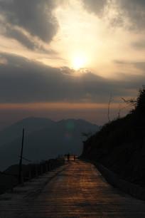 重庆巫山梨子坪夕阳西沉