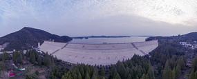 南湾湖大坝全景图