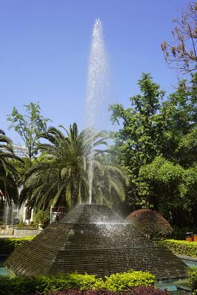 住宅楼盘中庭-水景喷泉造景