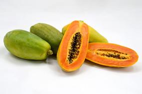 水果木瓜和切开的木瓜图片