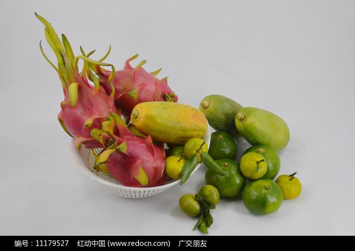 水果组合-火龙果木瓜橙子图片