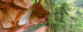 赤水燕子岩-丹霞砂岩绝壁地貌